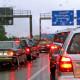 autos-im-stau-auf-der-autobahn